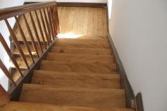 Renovierte Treppe , geölt (2)
